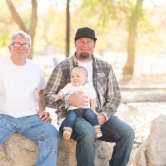 Family photoshoot hesperia lakes park California with Jake Shoots People