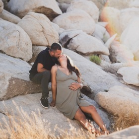 Lucerne Valley Maternity shoot with Jake Shoots People